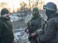 В ООС за сутки 13 раз обстреляли позиции ВСУ, ранен военный