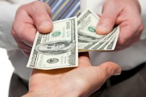 На соцпомощь украинцам выделили 130 млрд гривен