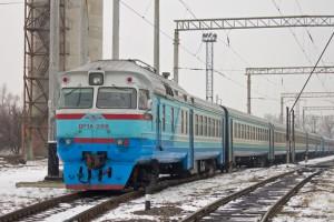 Снег на окнах и тараканы: одесситы пожаловались на состояние поездов