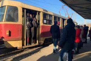 В Харькове транспортный коллапс из-за закрытого метро: Реакция людей