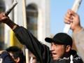 В Кыргызстане сторонники задержанных лидеров оппозиции перекрыли стратегическую трассу