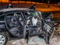 В Днепре авто въехало в дерево: двое пострадавших