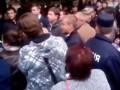 Приехавшего в Знаменку Олеся Довгого жители выгнали из города