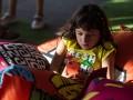В Сумах шестиклассница порезала руку лезвием из-за игры в телефоне