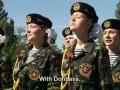 Как в Донецке из девушек-подростков растят боевиков: видео VICE News