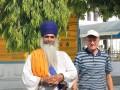 В Индии у посла Украины украли телефон во время селфи