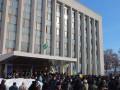 В Чернигове митингующие согласилась покинуть облсовет
