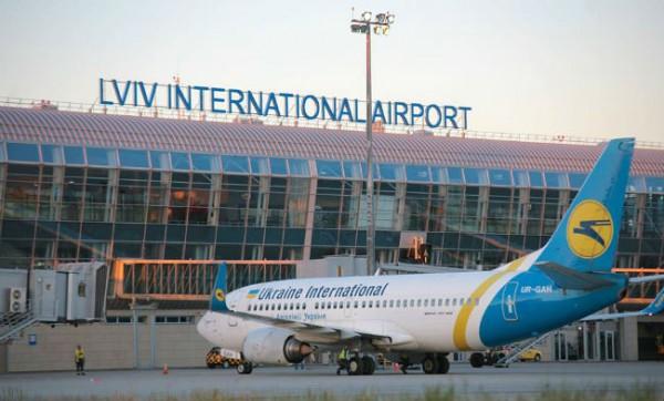 схему в аэропорту Львова