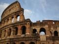 Туриста из России поймали за актом вандализма в Колизее