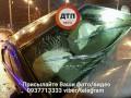 В Киеве водитель снес 30-метров отбойника и оставил раненого пассажира