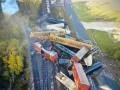 Схождение грузового поезда с рельсов в Техасе попало на видео