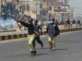 В Пакистане устроили погромы из-за поста в Facebook