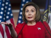 Лидер демократов обвинила Трампа во взяточничестве