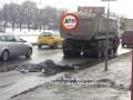 В Киеве грузовик сбил пешехода, мужчина погиб на месте
