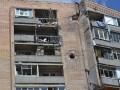 В жилой дом в Славянске попал снаряд, погибли мирные жители - соцсети (фото, видео)