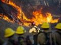 В Калифорнии из-за лесных пожаров эвакуировали более 100 тысяч человек