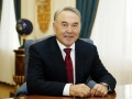 Назарбаев поздравил Порошенко с победой на выборах президента Украины