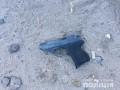 В Киеве мужчина открыл стрельбу посреди улицы, есть раненый