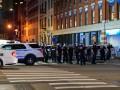 В Нью-Йорке копы получили огнестрельные и ножевые ранения