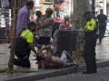 В сети появились фото и видео с места теракта в Барселоне