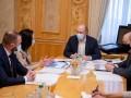 В Украине сократят 10% должностей госслужащих, - Шмыгаль