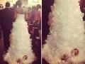 Невеста пошла к алтарю с младенцем на подоле платья