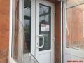 В центре Винницы разбили двери в офисе БПП Солидарность