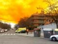 Испанский город под Барселоной накрыло токсичное оранжевое облако