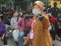 Мэр индонезийского города на коленях извинилась за вспышку COVID-19