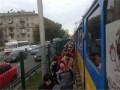 В Киеве в утренний час пик около часа не работал скоростной трамвай