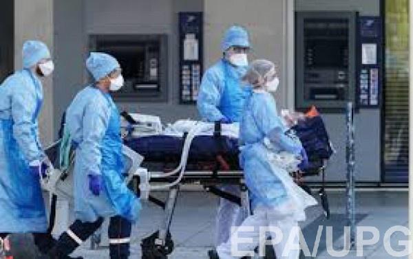 США установили мировой рекорд по смертям от коронавируса