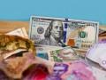 Украинцы в феврале больше продавали валюту, чем покупали