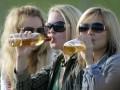 Пиво и сигареты: Названы основные статьи расходов украинцев