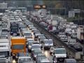 Километровые пробки стоят на Одесской трассе при въезде в Киев