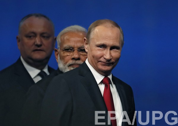 НаПМЭФ Путин по-армейски пошутил