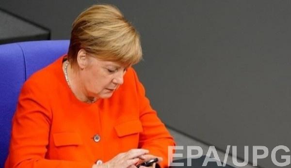 Меркель осудила отравление российского оппозиционера