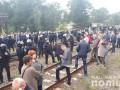 На Львовщине снова заблокировали железную дорогу