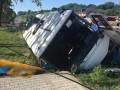 На Буковине маршрутка слетела в кювет: 6 пострадавших