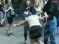 В центре Киева девушки устроили жесткую драку