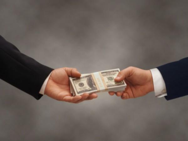 ГПУ: работник прокуратуры Одессы попался навзятке в5 тыс. долларов