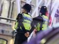 В Лондоне мужчина напал с ножом на женщину с детьми