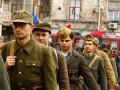По центру Львова прошли маршем воины УПА (ФОТО, ВИДЕО)