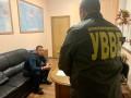 Должник по алиментам пытался подкупить пограничницу в Краковце