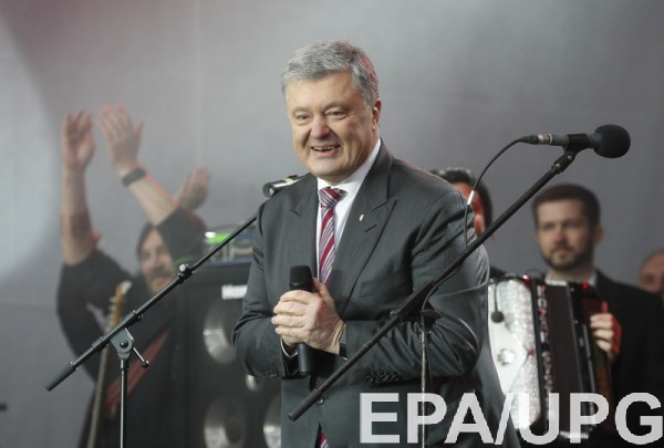 """У Порошенко надеются, что звонки помогут мобилизировать """"спящий"""" электорат"""