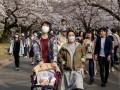 В Японии объявляют локальную чрезвычайную ситуацию из-за пандемии