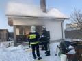 Возле Ровно горела баня: Показаны фото и видео