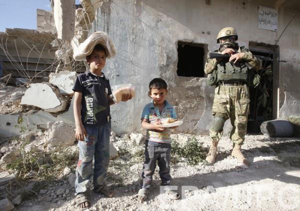 Маленьких сирийцев якобы называют в честь Путина