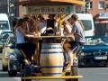 Пьяные туристы: в Амстердаме запретили