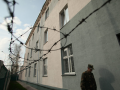 С третьего этажа колонии в Борисполе выбросился осужденный