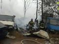 В Одессе в крупном пожаре на складе сгорели авто